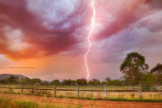 Lightning Up The Sky    CASTLEREAGH STORMS    AUSTRALIA