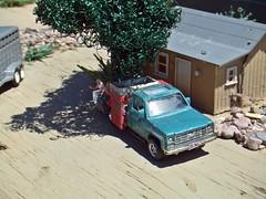 4/22/2017 life . (THE RANGE PRODUCTIONS) Tags: matchbox greenlight boley 164scale trailer hoscalefigures model toy dioramas diecast diecastdioramas home house chevrolet chevy flatbed