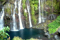 Cascade de Grand galet (capsul'in) Tags: eau cascade nature iledelaréunion pêcheurs