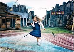 Twist Again (Steve Lundqvist) Tags: street streetphotography snap shot candid copenhagen denmark danimarca bambino child children stage dance dancing ballerina theatre kid girl twist stad