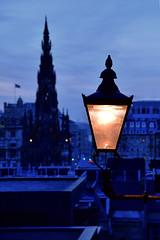 The scottish couple (manuelecant) Tags: edinburgh scotland uk royal mile scott monument building shadow blue hour dusk lamp light couple mystery silhouette nikon d5500 hdr