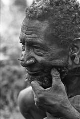 album2film173foto005 (Melanesian cultures) Tags: baliem baliemvallei sibil sibilvallei josdonkers eranotali wisselmeren papua irian jaya nieuwguinea ofm franciscanen minderbroeders missionaris