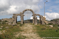 An Arch at Volubilis (adventurousness) Tags: moulayidriss spring2017trip unescoworldheritagesite worldheritagesite arch maroc meknes morocco roman ruinsromanruins travel unesco volubilis