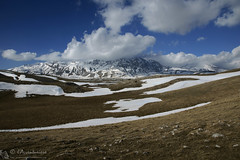 Scena suggestiva sulle montagne meridionali del Gran Sasso (EmozionInUnClick - l'Avventuriero's photos) Tags: gransasso montagna panorama