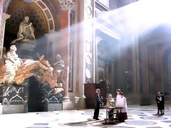 IMG_1000SQ Rome. Vatican. San Pietro. Tombeau d'Alexandre VII par Giovanni  Bernini. Tomb of Alexander VII by Giovanni Bernini