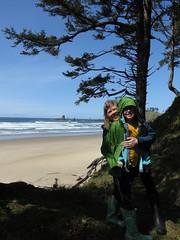 happy people leaving the beach (carolyn_in_oregon) Tags: crescentbeach cannonbeach pacificocean ecolastatepark coast alicia chiron