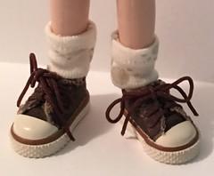 Short Ivory Doggie Paw Socks...For Blythe...