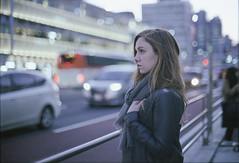 Walking in Tokyo (Fabio Sabatini) Tags: emma shinjuku tokyo japan film kodak gold400 filmisnotdead believeinfilm girlsonfilm