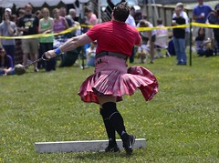 HIGHLAND GAMES_DSC4365 (slimjim340) Tags: hammer games highland kilts throw scotish