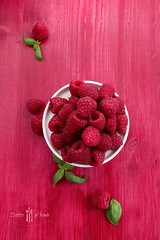 raspberry (norijuranyi) Tags: red green fruit fresh basil raspberry