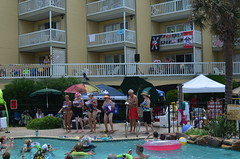 2013 rits sat pool party (13)