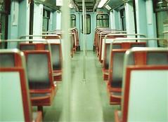 Mtro, Lisbon (Dsute) Tags: voyage trip travel travelling film portugal train minolta metro lisboa lisbon seat transport sige lisbonne argentique minoltasrt srt1