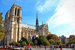 Notre Dame de Paris (dorameulman) Tags: paris france beautiful architecture gothic landmark iconic streetscape notredamedeparis streetshot dorameulman