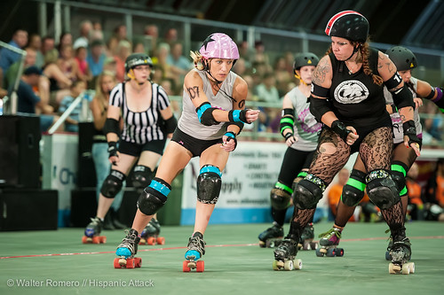 Bay_State_Brawlers_vs_Petticoat_Punishers_236_20130727