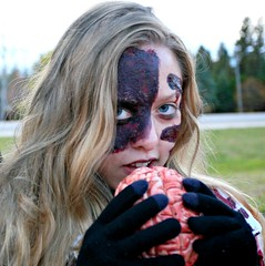 I want your BRAIN! (Cindy's Here) Tags: canada canon zombie manitoba oakbank ansh scaryspooky scavenger16 zombiewalk2013 zombieteenager