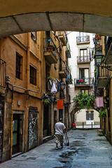 Barcellona-045 (Alessandro Grussu) Tags: barcelona life street leica city urban espaa spain strada strasse catalonia stadt urbana catalunya barcellona catalua spanien spagna vita citt m9 catalogna espanya katalonien