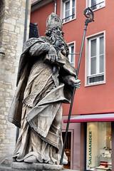 Statue St. Bonifatius - Mainz 02 (Stefan_68) Tags: deutschland germany rheinlandpfalz rhinelandpalatinate mainz landeshauptstadt skulptur sculpture statue escultura beeldhouwkunst scultura operedarte artwork obra estatua statua standbeeld kunstimöffentlichenraum publicart