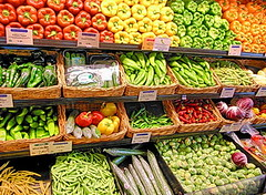 Play Vegetables In Whole Foods Market Hidden Picture Puzzle (thefoxdot) Tags: puzzles jigsawpuzzles onlinepuzzles playpuzzle jigbo vegetablesinwholefoodsmarketpuzzle