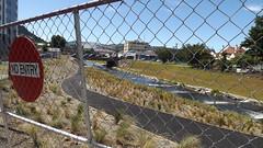 Leith construction (behinddreaming) Tags: newzealand water construction dunedin waterofleith gigatowndunedin gigatowndun