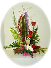 "#19V $100 Valentine's  Day Arrangement Stylized $75 to $100 • <a style=""font-size:0.8em;"" href=""http://www.flickr.com/photos/39372067@N08/12228213494/"" target=""_blank"">View on Flickr</a>"