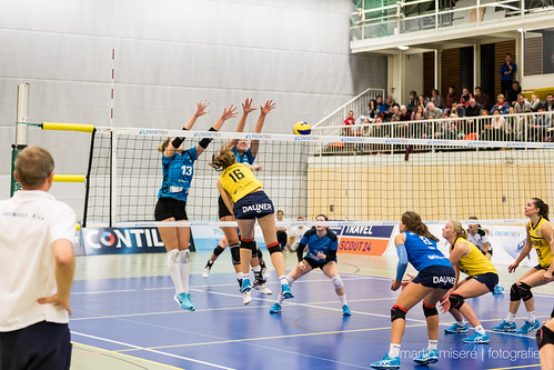 "3. Heimspiel vs. Volleyball-Team Hamburg • <a style=""font-size:0.8em;"" href=""http://www.flickr.com/photos/88608964@N07/32003261683/"" target=""_blank"">View on Flickr</a>"