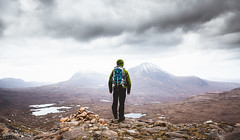 Ready to hike (Steffen Walther) Tags: 2016 reise schottland scotland hiking travel uk britain highlands landscape outdoors backpack munro mountains snow clouds lookout panorama canon5dmarkiii canon1740l lake rocks wanderlust reisefotolust