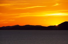 Golden Sunset (petrk747) Tags: calvia playadepalma palmademallorca baleares spain balearicislands sunset sunrise sky heaven sun mountains sea water balearicsea travelling outdoor clouds saariysqualitypictures