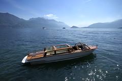Menaggio (MoJo_3016) Tags: menaggio lario boat boot water taxi comersee lakecomo lombardei provinzcomo sanagra menas provincecomo lombardy northernitaly senagra menàas lake provinciadicomo lombardia lombardie italie lacdecôme
