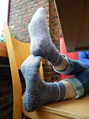 Stripodots5 (Horosho.Gromko.) Tags: socks feet knitting knittedsocks knitty knittymag legs stripodot