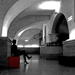 Galleria Borghese, Roma (pom.angers) Tags: panasonicdmctz30 february 2017 roma rome lazio italia italy europeanunion galleriaborghese villaborghese museum woman highheels 100 150 200