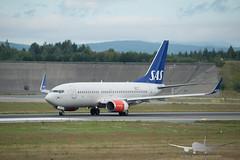 SAS - SE-REY - B737-700 (Aviation & Maritime) Tags: serey sas scandinavianairlines scandinavian boeing boeing737 b737 b737700 boeing737700 osl engm osloairportgardermoen oslolufthavngardermoen osloairport gardermoen norway