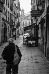 Café - Restaurante Ruta de la Plata - Salamanca (Leandro Fridman) Tags: urbano urban ciudad city blancoynegro blackandwhite byn bw monotono monotone monocromo monochrome street calle españa spain europa europe nikond60 nikon d60
