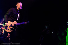 IMG_2267 (redrospective) Tags: 2017 20170316 davehause london march2017 thegarage audience concert concertphotography crowd electricguitar fans gig guitar guitarist instruments live man microphone music musicphotography musicians people singer singing smiling spotlights