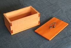 Rough 'n' smooth box with lid (marlow_pete) Tags: woodwork