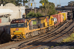 2017-03-23 Aurizon 6010-6026 Albion 5MB7 (deanoj305) Tags: aurizon intermodal container train 5mb7 6010 6026 vic sunshinenorth victoria australia au