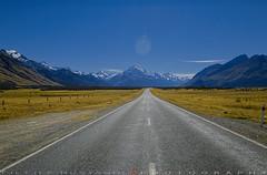 Road to Mount Cook National Park (T Ξ Ξ J Ξ) Tags: newzealand aoraki mountcook fujifilm xt1 teeje fujinon1024mmf4