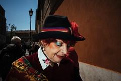 Noblesse (Guido Caltabiano www.guidocaltabiano.com) Tags: noblesse highclass woman streetphotography street portraits portrait sanpietro roma rome flash flashphotography makeup canon 5dmarkiv 35mm