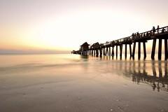 La via verso la luce della speranza.... (Fabio Tode ) Tags: ocean light sunset sea usa beach del nikon tramonto florida sigma naples 1020 spiaggia luce uniti paradiso golfo messico pontile stati nikonflickraward nikonclubit fabiotode me2youphotographylevel2 me2youphotographylevel1