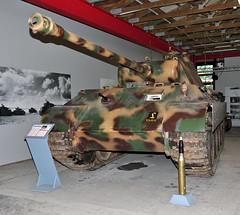 Panzermuseum Munster (saltacornu) Tags: army nikon tank military heer panther munster tanks panzermuseum militär saltacornu d5000 panzre