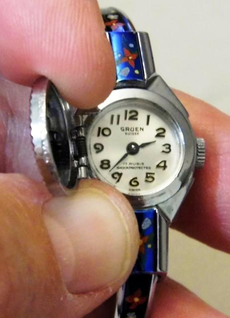 vintagemanualwindwatch vintagegruenwomenswatch