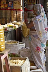 Street scenes - Jaipur (bag_lady) Tags: street woman india shopping market indian bazaar jaipur streetscenes rajasthan earthasia