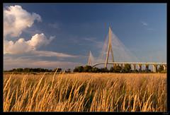Pont de Normandie Soleil couchant 1 (Zenith_01) Tags: bridge sunset france building seine construction estuary pont normandie normandy calvados couchédesoleil pontdenormandie estuaire ouvrage