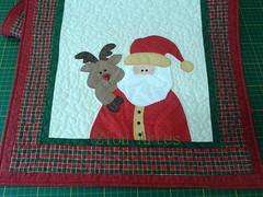 Trilho de Natal (Zion Artes por Silvana Dias) Tags: natal patchwork papainoel passadeira patchcolagem caminhodemesa renadenatal trilhodemesa patchaplique trilhodemesadenatal zionartes