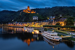 Cochem (TIM BRUENING  PHOTOGRAPHY) Tags: castle water architecture river germany deutschland architektur bluehour schloss fluss cochem mosel rheinlandpfalz langzeitbelichtung longtimeexposure blauestunde rhinelandpalatinate flickraward canon5dmarkii flickraward5 flickrtravelaward rememberthatmomentlevel4 rememberthatmomentlevel1 rememberthatmomentlevel2 rememberthatmomentlevel3 rememberthatmomentlevel7 rememberthatmomentlevel9 rememberthatmomentlevel5 rememberthatmomentlevel6 rememberthatmomentlevel8 rememberthatmomentlevel10 landkreiscochemzell
