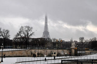 Eiffel Tower from Jardin des Tuileries