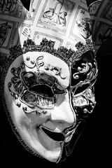 Joker (johan masia) Tags: venezia venise italia italy italie masque maschere bw bn nb biancoenero bianconero noiretblanc blackandwhite