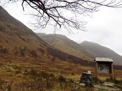 8374 Ben Nevis - mountain, mist and path info (Andy - Busyyyyyyyyy) Tags: 20170313 bbb bennevis ggg glennevis iii infoboard nnn noticeboard