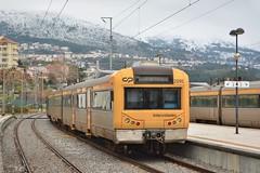 UTE 2295 - Covilhã (valeriodossantos) Tags: comboio cp train passageiros ute2240 automotoraelétrica unidadetriplaelétrica cplongocurso intercidades neve covilhã linhadabeirabaixa caminhosdeferro portugal