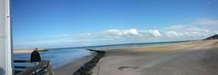 En attendant Drogo (lewshima) Tags: mer seascape shore normandie