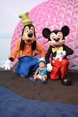 mickey and goofy at visa (Berlioz70) Tags: walt disney world epcot visa mickey goofy
